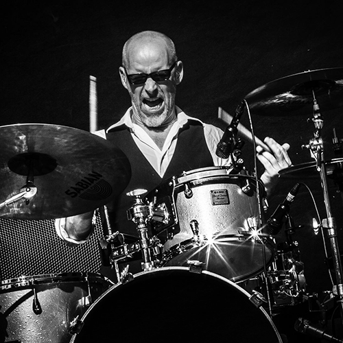 Lars Bertelsen is the drummer of the BOWIE tribute